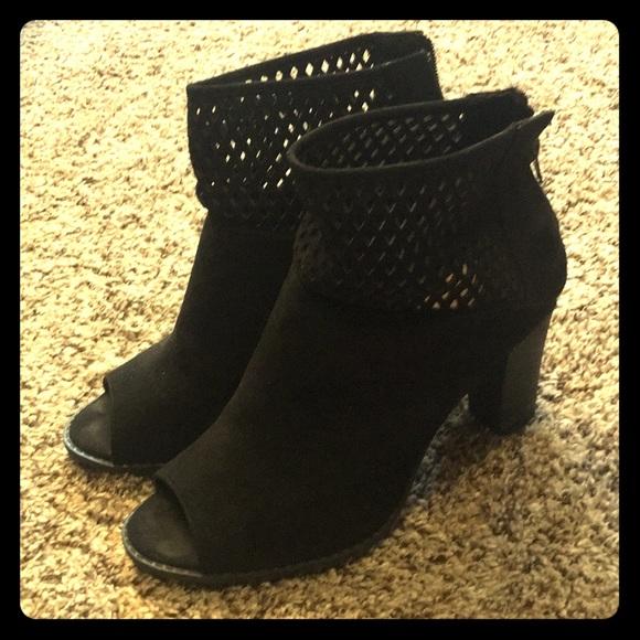 c89589d9ea16 Cute peep toe ankle booties